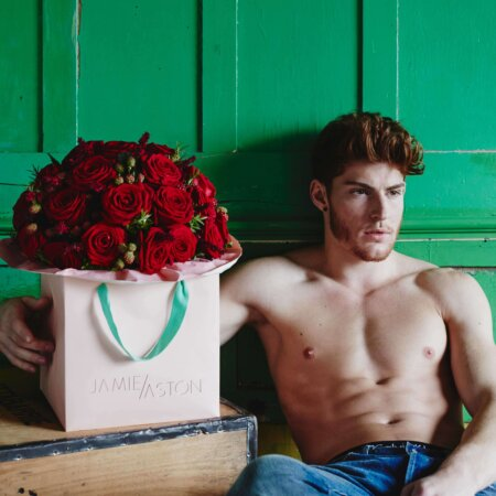 red roses send